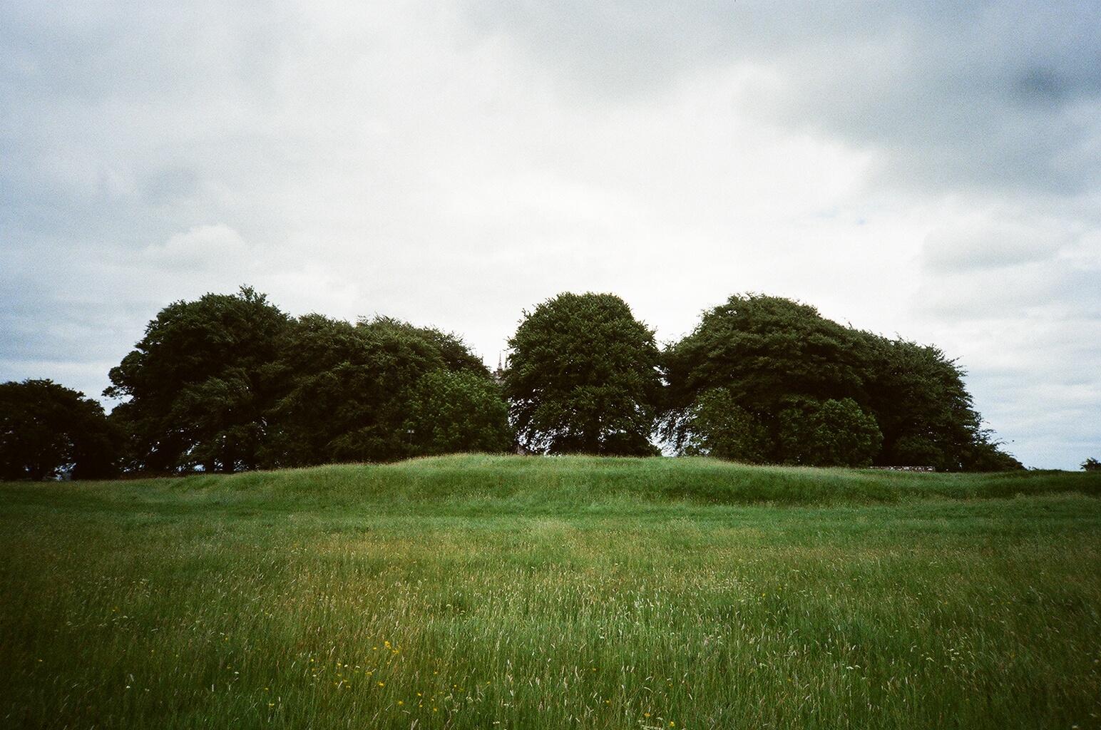 Tara_3_Hill[1]