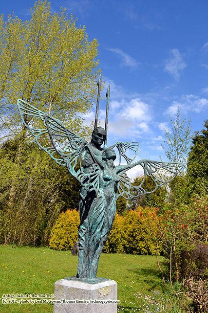 Etain Midir Ardagh statue